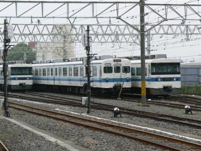 館林駅構内留置線に留置された18型