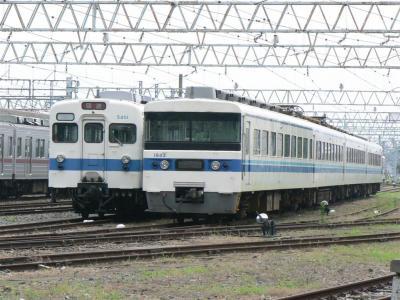 館林駅構内留置線に留置された18型1813F