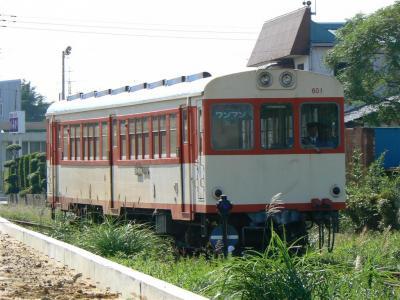 榎本駅に進入する第19列車キハ600型601号車