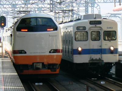 JR485系1064Mと並ぶことも残り僅か