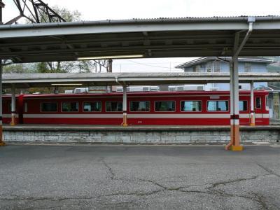東武日光駅着発6番線に留置中の18型