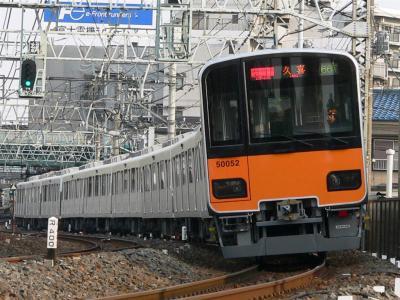 F1466Tに充当された51052F(2006.03.21 西新井~竹ノ塚間にて撮影)