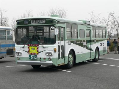 国際興業カラーに再塗装された、元3491号車