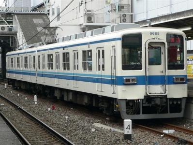 折返し6809D列車(回送)に充当されます