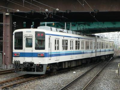 西新井駅下り副1番線から北春日部に向けて下り急行線へ発車