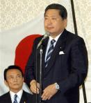 麻生総理の退陣を求める中川元幹事長