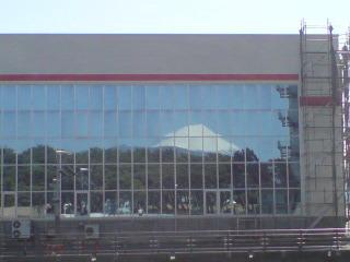 20090312 びゅうお水門の鏡