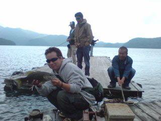 20090607 和田君 桟橋で釣れた