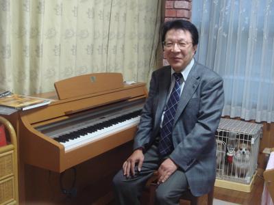 2008.12.8  ピアノ到着!