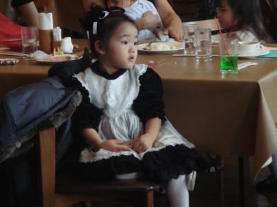 2008.12.19 クリスマスランチパーティー③可愛い女の子