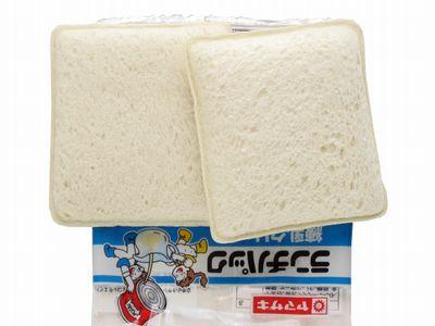 ヤマザキ--ランチパック 練乳クリーム。