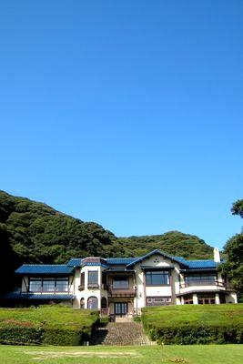 連休中の体育の日、初秋の鎌倉で、おいしいもの競争を繰り広げてきました。