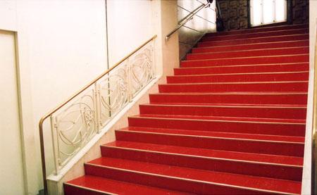 阪急百貨店 階段