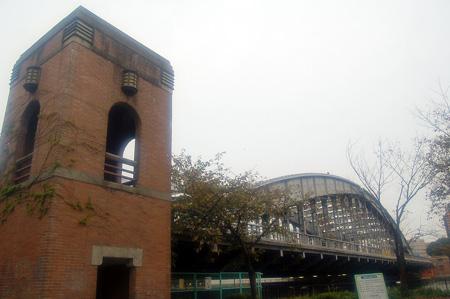 桜宮橋と階段搭