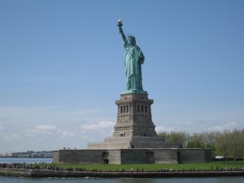 statue+of+liberty_convert_20090508043516.jpg