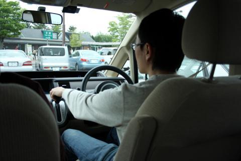 久々の車運転