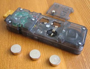 ボタン電池 LR44x3
