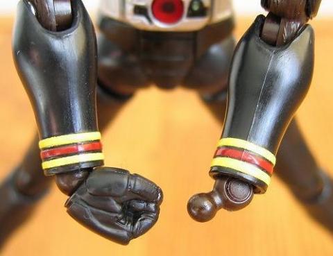 手首:可動部