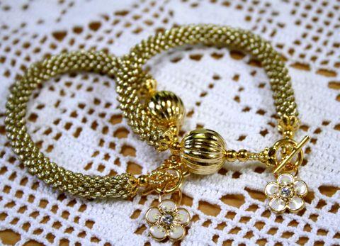 ゴールドのブレス