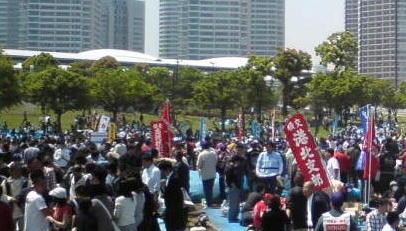 2009メーデ(横) (4)