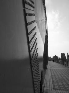 丸子橋アップ