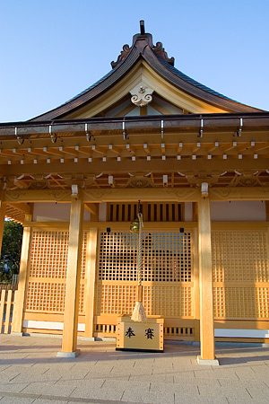 新築の拝殿