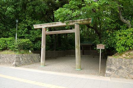 熱田神宮下知我麻神社