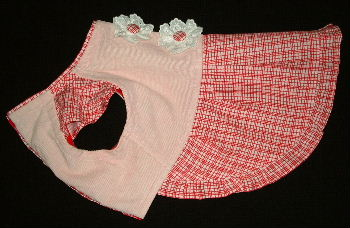 ピンク身頃赤スカート横