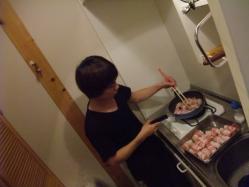 ニャン太&サンコンがおいしい肉巻きを作ってくれました