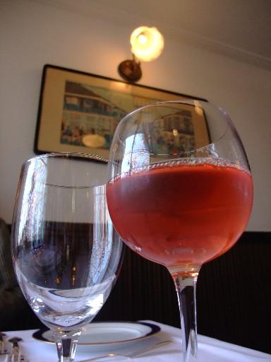 0415ban_wine.jpg