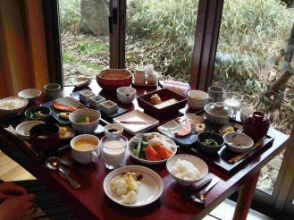 だいこんの花朝食① (1)