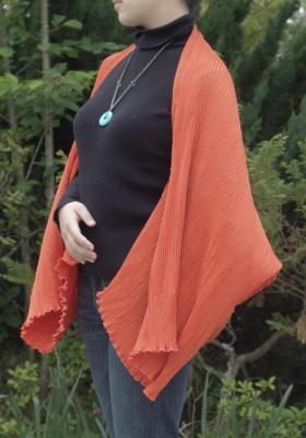 パーティーストール 大判ショール チャイナボタンで可愛いフォルムと優雅なラインを ソアフルオレンジ6番色
