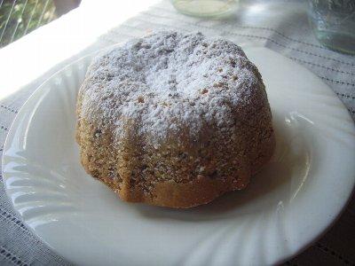 パン粉ケーキ
