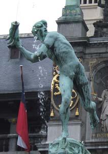 アントワープ像