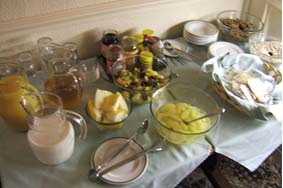 朝食バッフェ