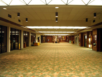 キングカメハメハホテル だだっぴろい廊下
