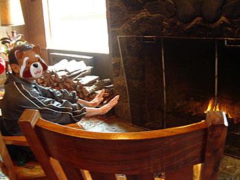 ボルケーノ・ハウス 暖炉