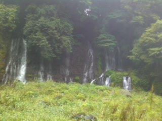 白糸の滝-手前