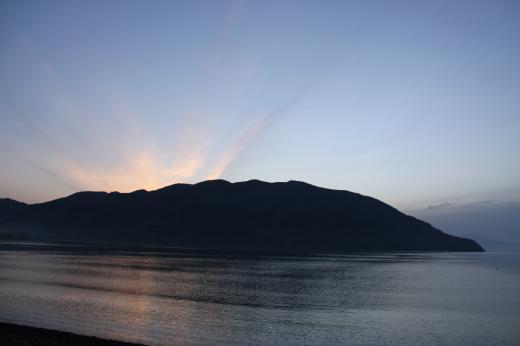 びわこ朝風景