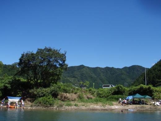 川遊び18 夏空