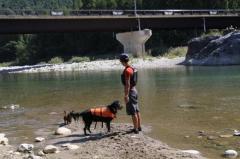 川遊び29 父とミルラン1
