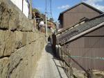 古寺めぐりの石畳の道
