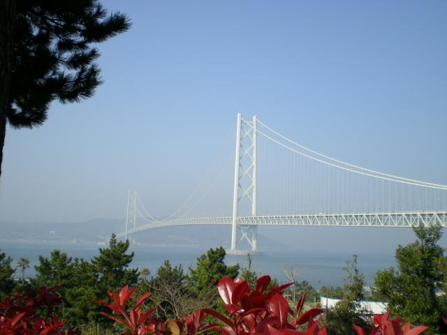 ホテルより明石海峡大橋