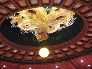 天井の龍。