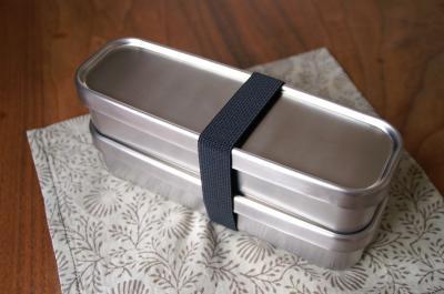 お弁当箱2
