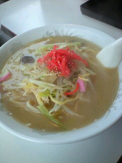 英ちゃん飯店のちゃんぽん麺