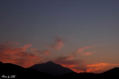 高千穂の峰の朝焼け