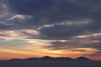錦江湾の夜明け