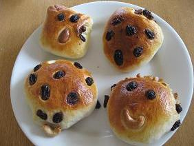 からすのパン屋さんのパン