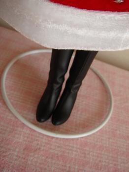 momoko holy night boot